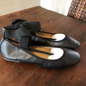 Brand New Urban Outfitters Ballet Flats
